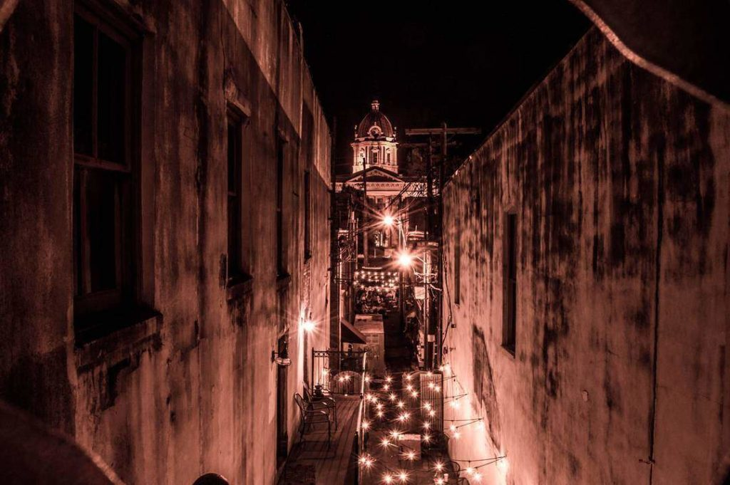 nautical whimsey alley at night